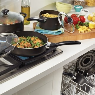 Farberware Black Nonstick 15-piece Cookware Set