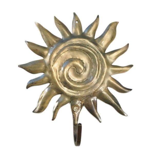 Handmade Metal Sun Hook (India)