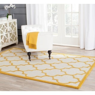 Safavieh Handmade Moroccan Cambridge Ivory/ Gold Wool Rug (4' x 6')