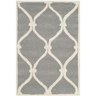 Safavieh Handmade Moroccan Cambridge Dark Grey/ Ivory Wool Rug (2'6 x 4')