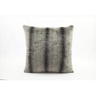 Nourison Mina Victory Faux Fur Throw Pillow (18 x 18 inches)