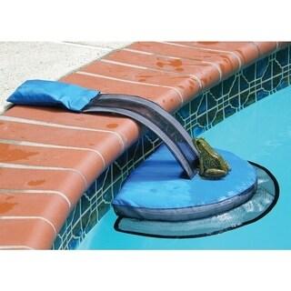 Pool Critter Escape Ramp