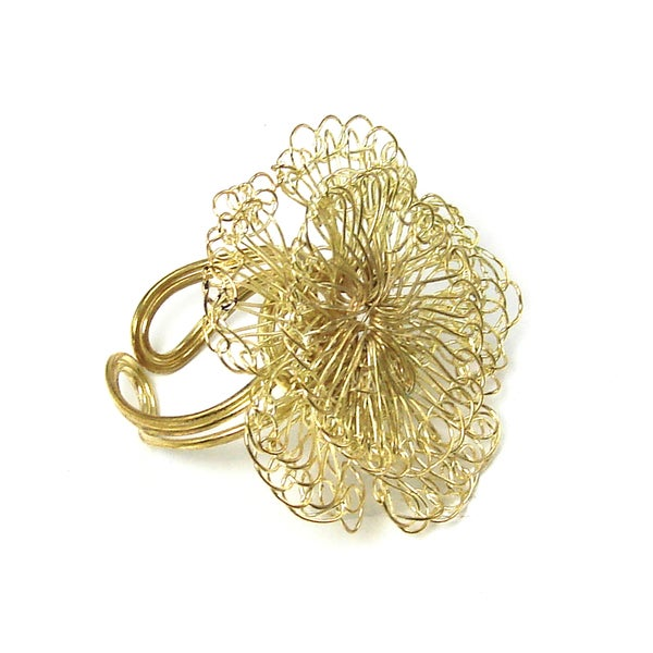 Handmade Dazzling Blossom Ring - Gold (India)