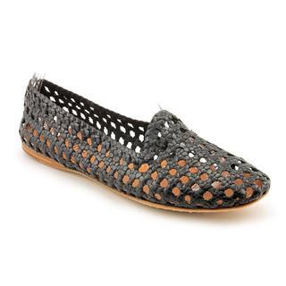 Giraffe Walk Women's 'Agra' Man-Made Casual Shoes