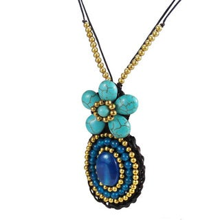 Charming Flower Oval Stone Brass Beaded Necklace (Thailand)