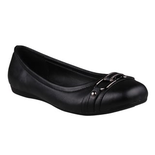 Refresh Women's 'Amber-02' Black Round Toe Slip-on Flats