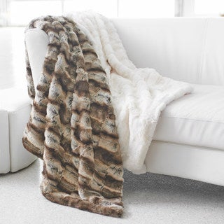 Seduction Wrapture Faux Fur Throw