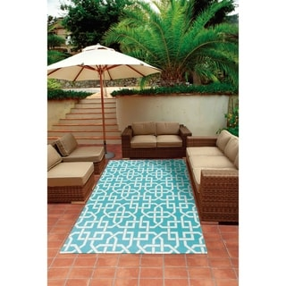 Nourison Aqua and Ivory Geometric Indoor/Outdoor Area Rug (5'3 x 7'5)