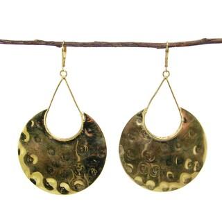 Handmade Goldtone Hammered Shield Earrings (India)
