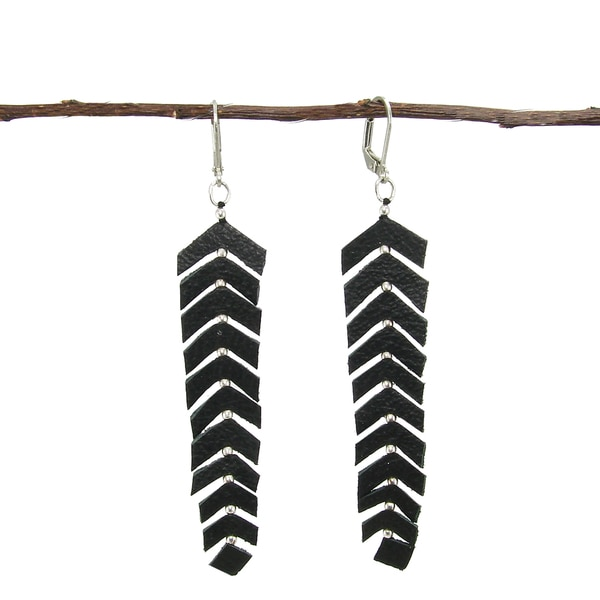 Handmade Black Leather Fringed Feather Earrings in Black (India)