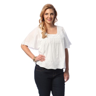 La Cera Women's Plus Size White Cotton Top with Hand-crocheted Neckline