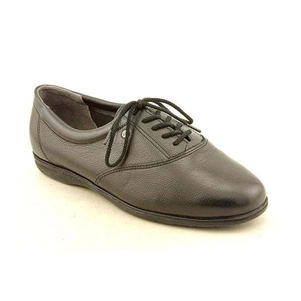 Easy Spirit Women's 'Motion' Leather Casual Shoes - Extra Narrow (Size 8 )