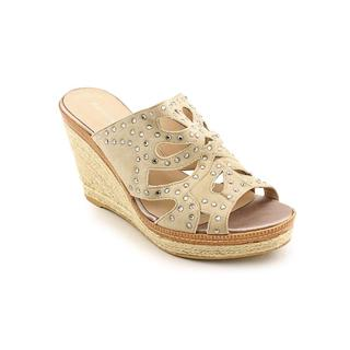 Bandolino Women's 'Klorel' Regular Suede Sandals
