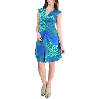 24/7 Comfort Apparel Women's Blue Printed V-neck Knee Length Dress