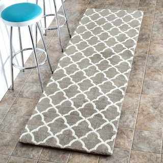 nuLOOM Machine-made Kitchen Microfiber Trellis Microfiber Grey Runner Rug (2' 6 x 6')