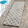 nuLOOM Machine-made Kitchen Microfiber Trellis Microfiber Grey Runner Rug (2' 6 x 12')