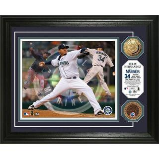 "Felix Hernandez ""Triple Play"" Game Used Dirt Coin Photo Mint"
