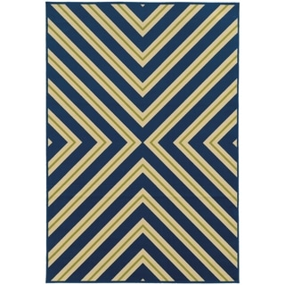 Indoor/ Outdoor Geometric Rug (3'7 x 5'6)