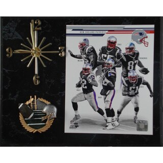 NFL 2013 New England Patriots Team Photo Clock