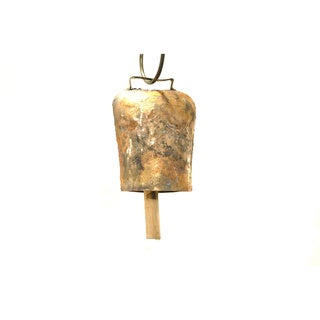 Handmade 4-inch Antiqued Goldtone Cow Bell (India)