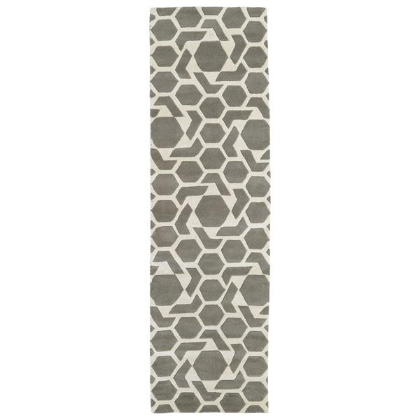 Hand-tufted Cosmopolitan Geo Grey/ Ivory Wool Rug (2'3 x 8')