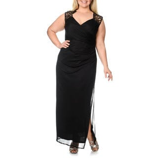 Onyx Nite Women's Plus Size Black Lace Keyhole Gown
