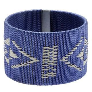 Handmade Indigo Thread and Cana Flecha Fashion Bracelet (Colombia)
