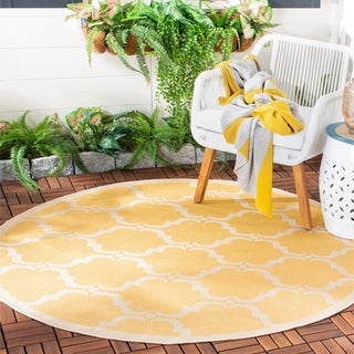 Safavieh Indoor/ Outdoor Moroccan Courtyard Yellow/ Beige Rug (5' Round)