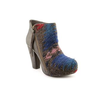 Vogue Women's 'Go Wild' Regular Suede Boots