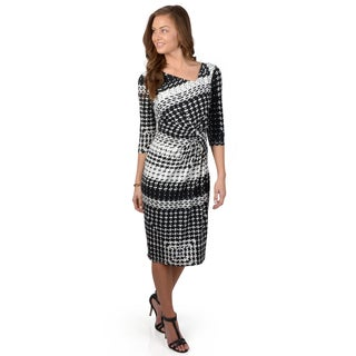 Journee Collection Women's Half Sleeve Printed Knit Dress