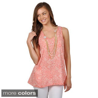 Hailey Jeans Co. Junior's Sleeveless Print Top