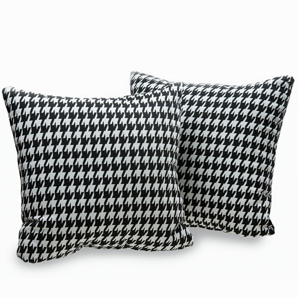 Harvard Houndstooth 18-inch Decorative Throw Pillows (Set of 2)