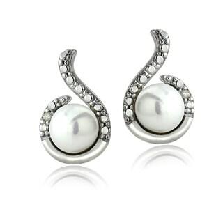 Glitzy Rocks Sterling Silver Freshwater Pearl Diamond Accent Swirl Earrings (6-7 mm)