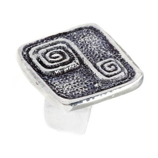 Handmade Antiqued Silver plated Geometric Diamond-shaped Ring (India)