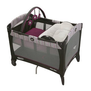 Graco Pack 'n Play with Reversible Napper & Changer in Nyssa