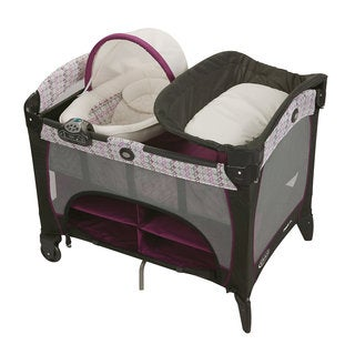 Graco Pack 'n Play with Newborn Napper Station DLX in Nyssa