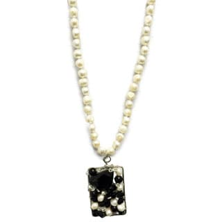 Gardenia Jewelry Black/ White Freshwater Pearl and Gemstone Pendant Necklace