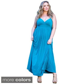 Sealed With a Kiss Women's Plus Size 'Sabrina' Solid Empire Waist Maxi Dress