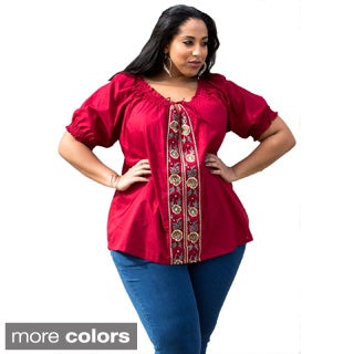 Sealed With a Kiss Women's Plus Size 'Josephine' Peasant Top