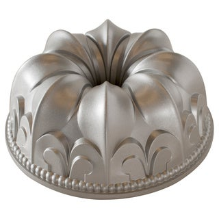 Nordic Ware Fleur-de-lis Bundt Pan