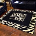 African Adventure Zebra Skin Border Print Area Rug (5' x 7')