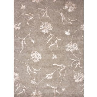 Hand-knotted Gray/ Black Floral Pattern Wool/ Silk Rug (3'6 x 5'6)