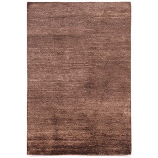 Hand-knotted Beige/ Brown Solid Pattern Wool/ Silk Rug (5' x 8')