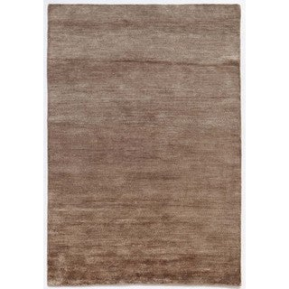 Hand-Knotted Beige/ Brown Solid Pattern Wool/ Silk Rug (5X8)