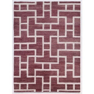 Hand-Knotted Pink/ Purple Abstract Pattern Wool/ Silk Rug (5X8)