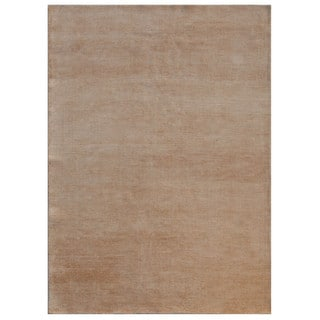 Hand-Knotted Ivory Solid Pattern Wool/ Silk Rug (5'6x7'6)