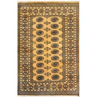 Pakistani Hand-knotted Bokhara Gold/ Ivory Wool Rug (4'3 x 6'4)