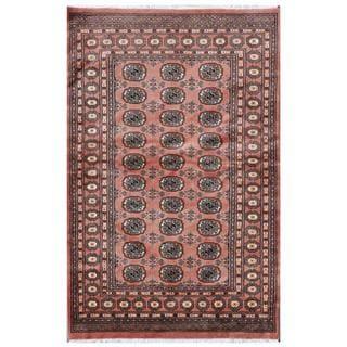Pakistani Hand-knotted Bokhara Salmon/ Ivory Wool Rug (4'2 x 6'4)