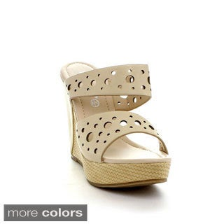 Reneeze Women's 'Jessi-1' Circle Cut-out Wedge Sandals
