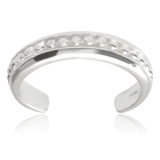 Journee Collection Sterling Silver Adjustable Miligrain Toe Ring